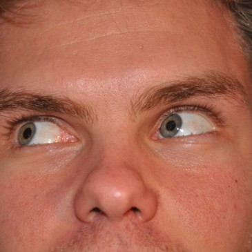 T'as de beaux yeux tu sais
