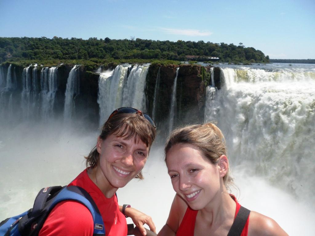 Avec ma sis' aux chutes d'Iguazu, Brésil