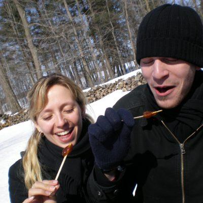 Chris & I avec nos sucettes à l'érable